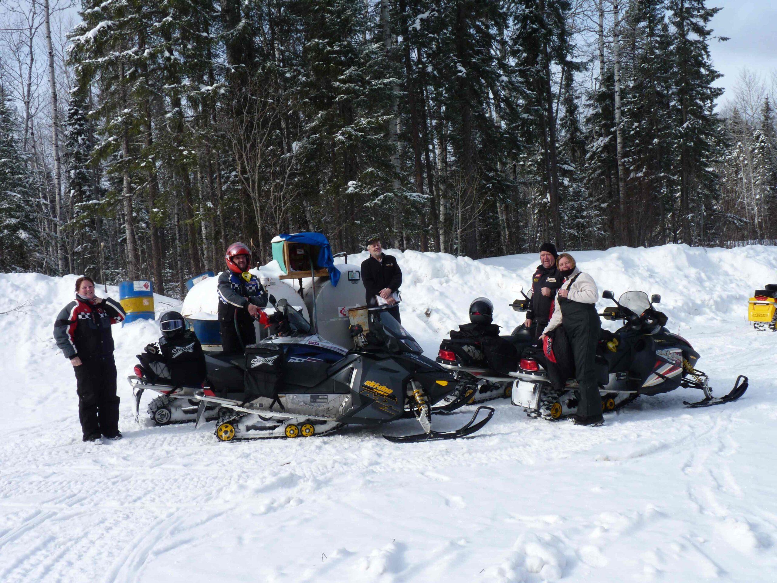 Snowmobile Moosonee Ontario Tour