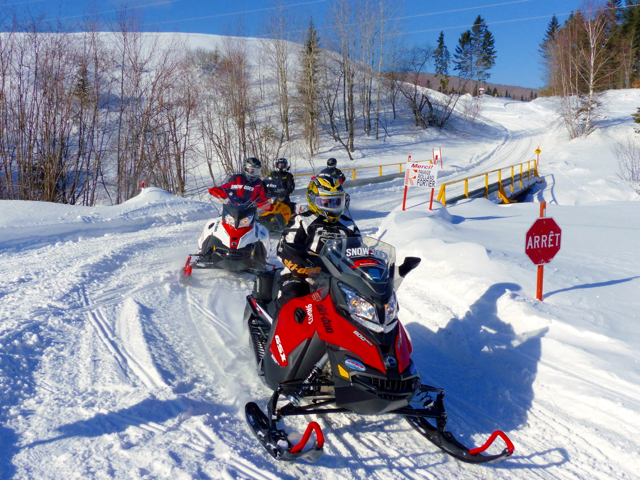 Quebec City Charlevoix Snowmobile Tour Amp Snowmobile Vacation