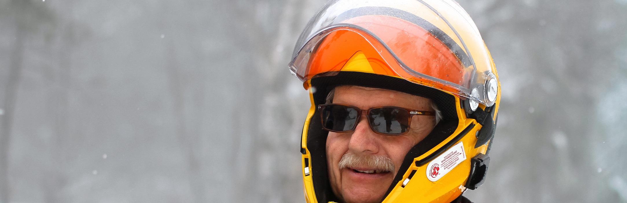 Choosing Snowmobiling Glasses Tips