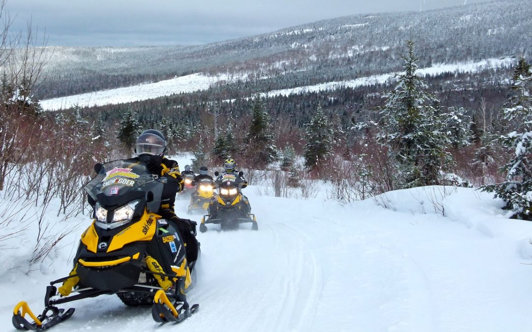 Snowmobile Chaudiere Appalaches Quebec Tour