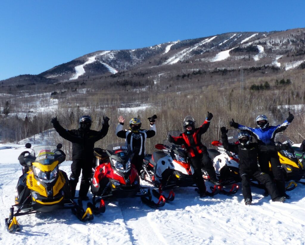 snowmobile quebec charlevoix