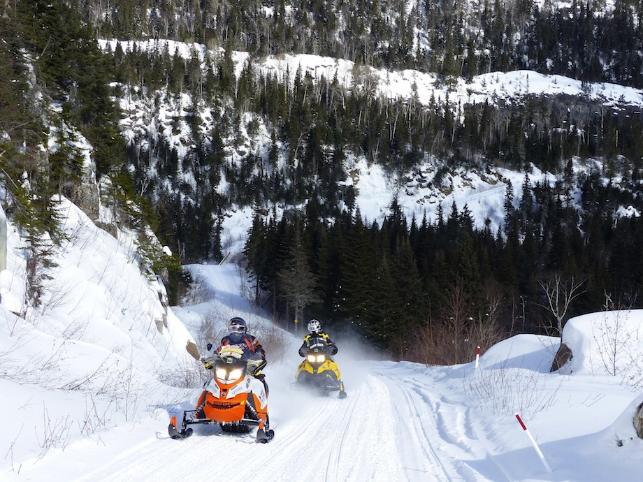 snowmobile cote nord