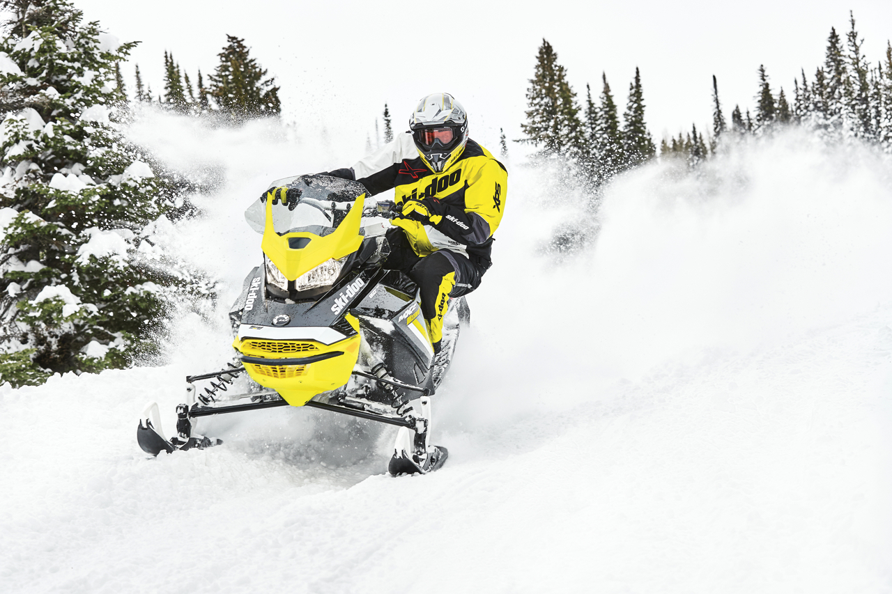 Snow Dust Riding Dangers & Tips