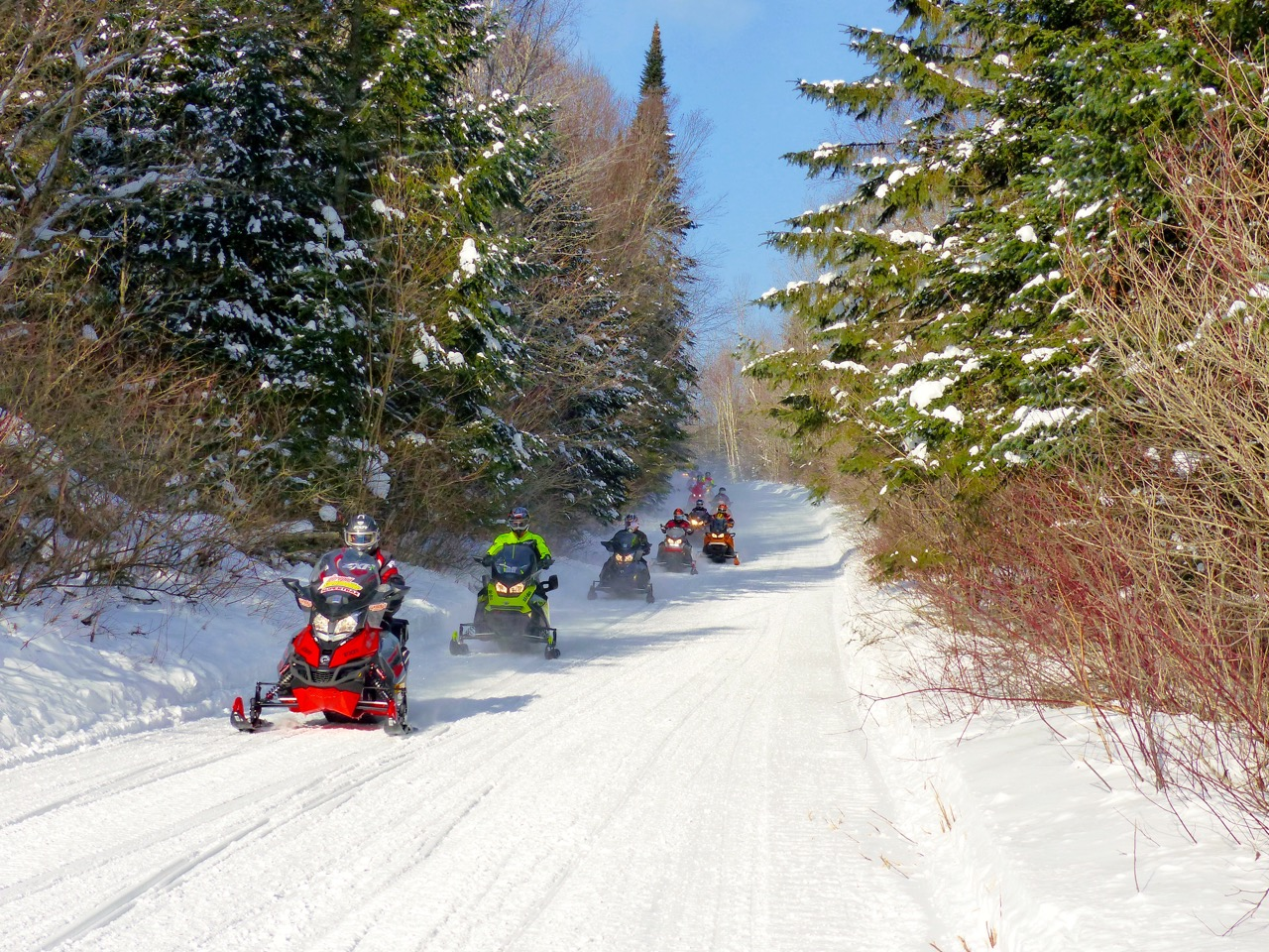 Snowmobile Tour Blitz Rides