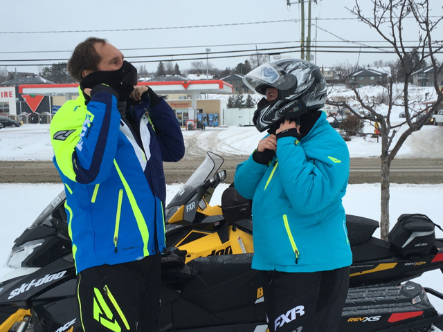 couples snowmobile tour