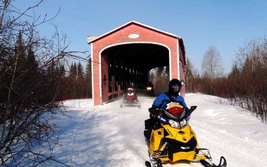 Snowmobile Abitibi Temiscamingue Baie James Quebec Snowmobile Tour