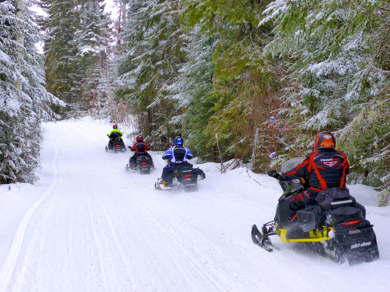 Snowmobile Emergency Gear Tips