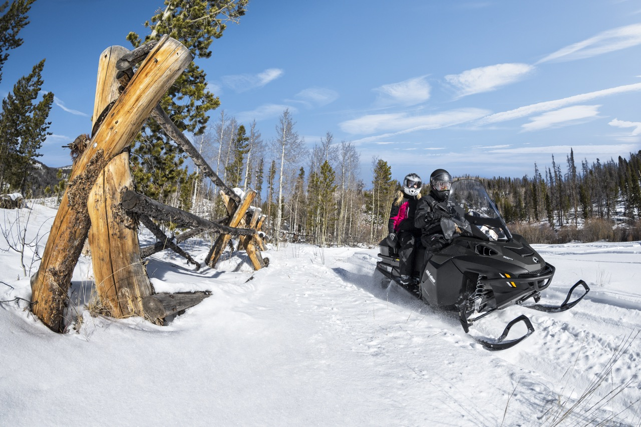 Snowmobiling Double 2-Up Tips