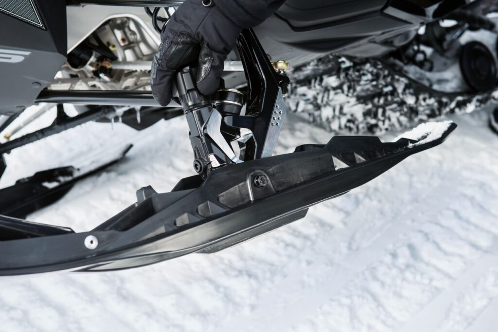TS Pilot Adjustable Skis with carbide fully extended