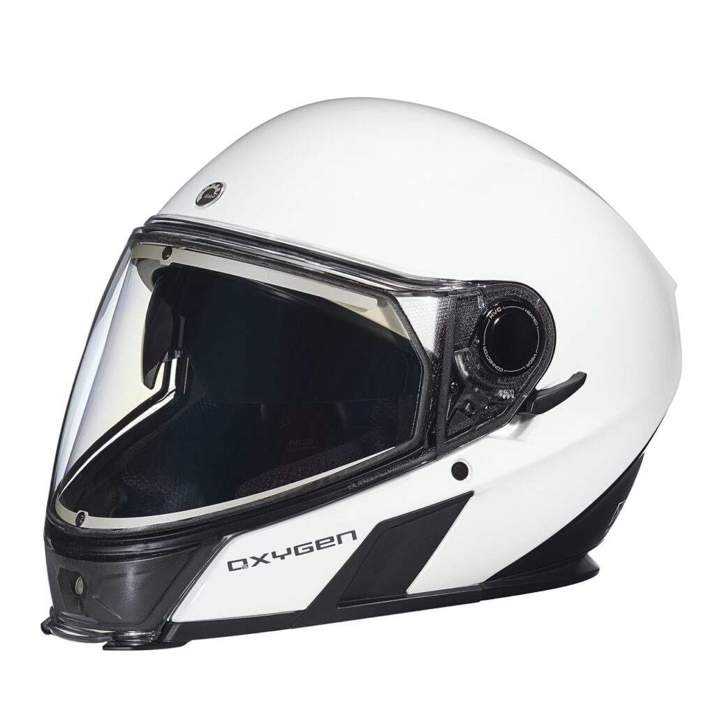 White colour oxygen snowmobile helmet