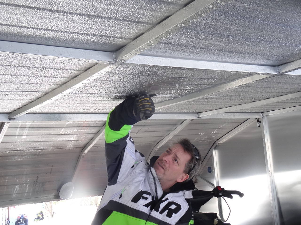 Snowmobile Trailer Roof Snow Overload Tips Intrepid
