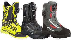 Snowmobile boots buying tips - function over fashion