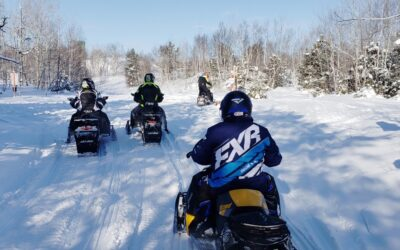 Snowmobile Trail Signs Tips for Riders & Clubs