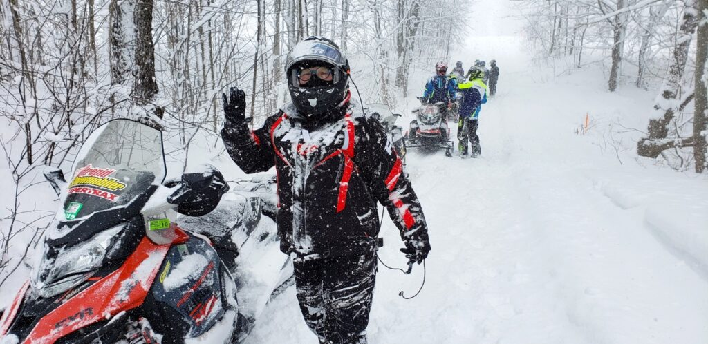 Lake effect snow helps to snowmobile Midwestern Ontario