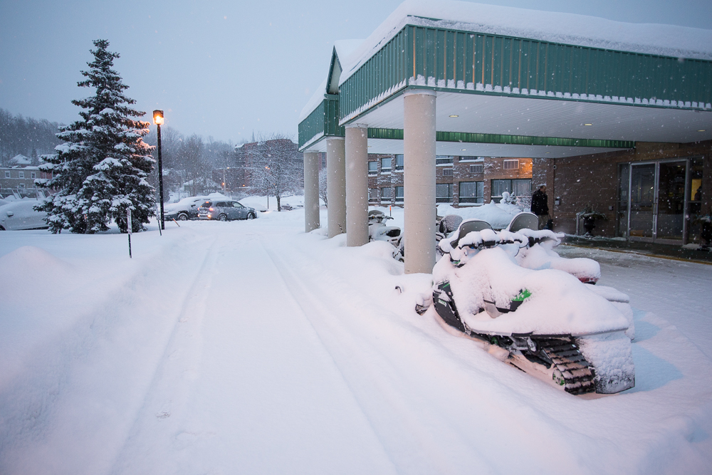 Stay at Best Western Inn On The Bay Owen Sound to snowmobile Midwestern Ontario