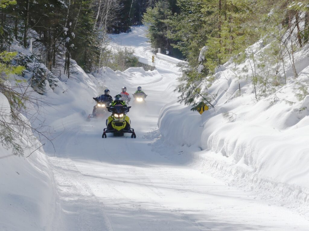 Outaouais Quebec snowmobiling offers 2,286 kms of primo trail riding