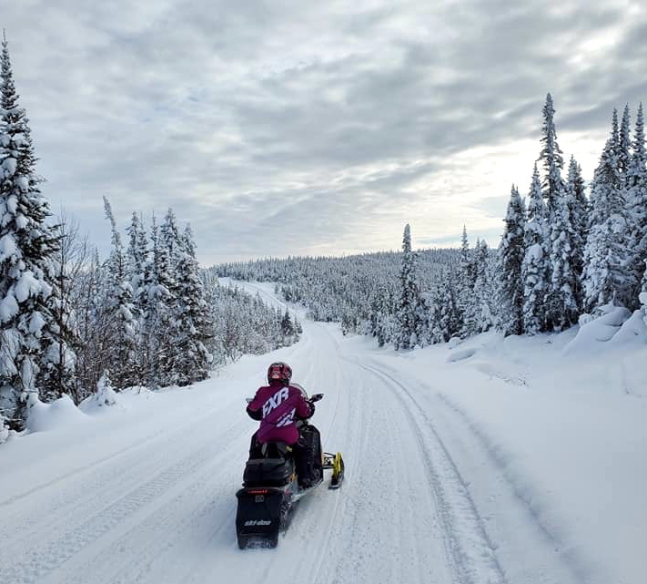 2021 Snowmobile Trail Riding Tips